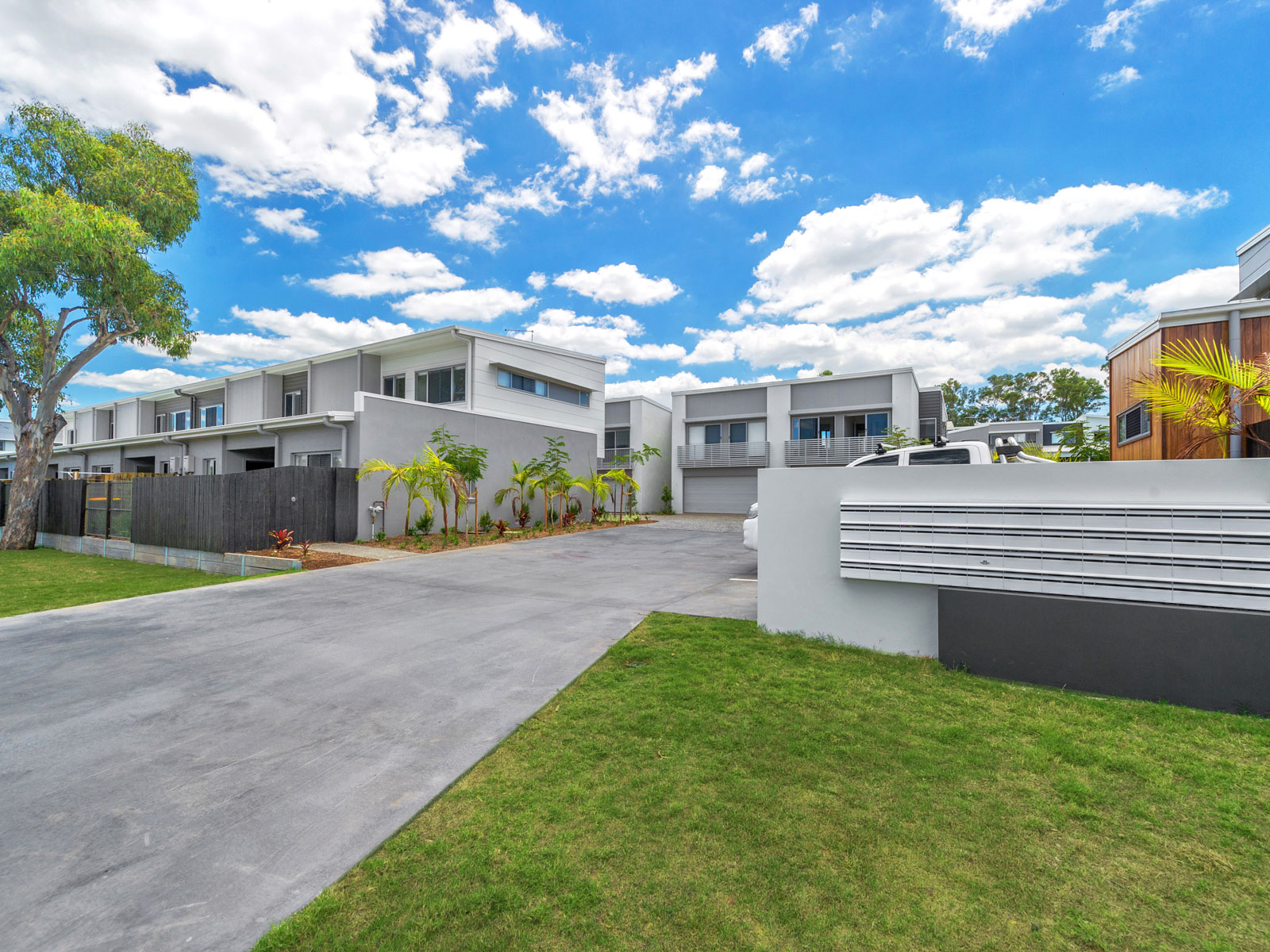 Wattle Grove luxury townhouses - front entrance